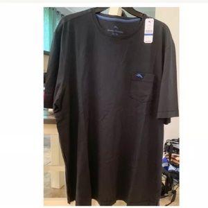 NWT Bali Skyline Men's T-Shirt by Tommy Bahama.